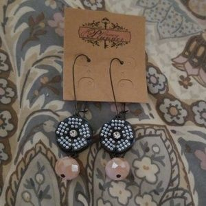 Plunder Nicholina Earrings